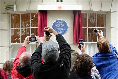 Gedenkplaat voor John Lennon op Montagu Square